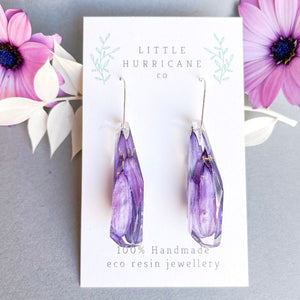 Faceted Dangle - African Daisy petals