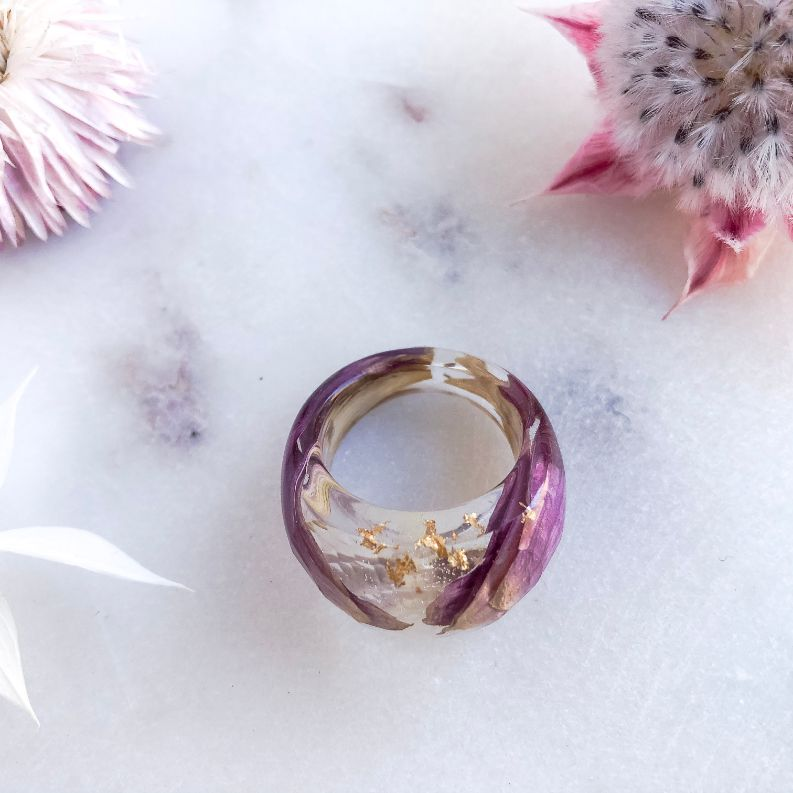Statement Flower Petals Faceted Ring