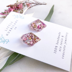 Faceted Studs - Heath flowers