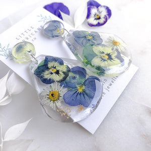 Daisy & Viola Teardrop Garden - Little Hurricane Co