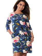 Trendy Plus Size Floral Dress with Pockets