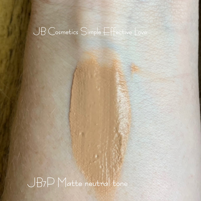 Mousse Foundation with matte finish