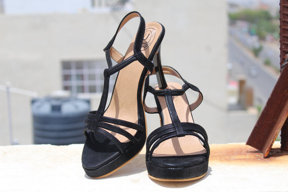 Dhanari Women's Black Comfortable Casual And Party Wear Heels Sandals(SAN-02)