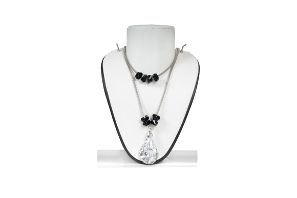 Dhanari Women's Crystal Pandant Silver Chain Necklace (JW-70)Q004