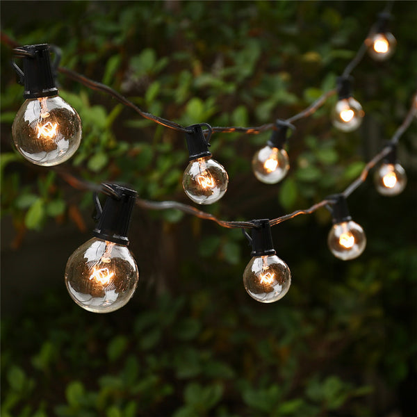 edison bulb lights wedding decoration and bride and groom