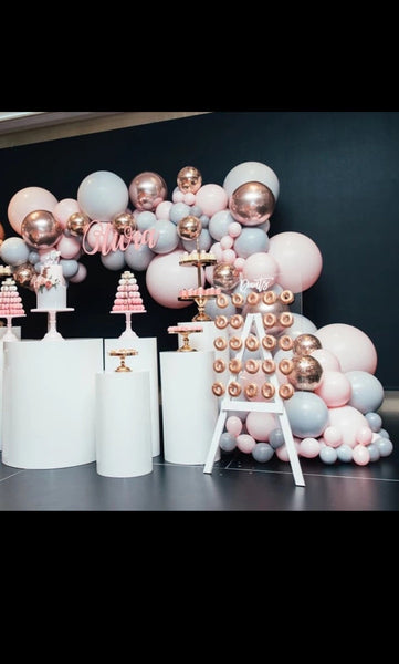 rose gold, pink and grey balloon arch