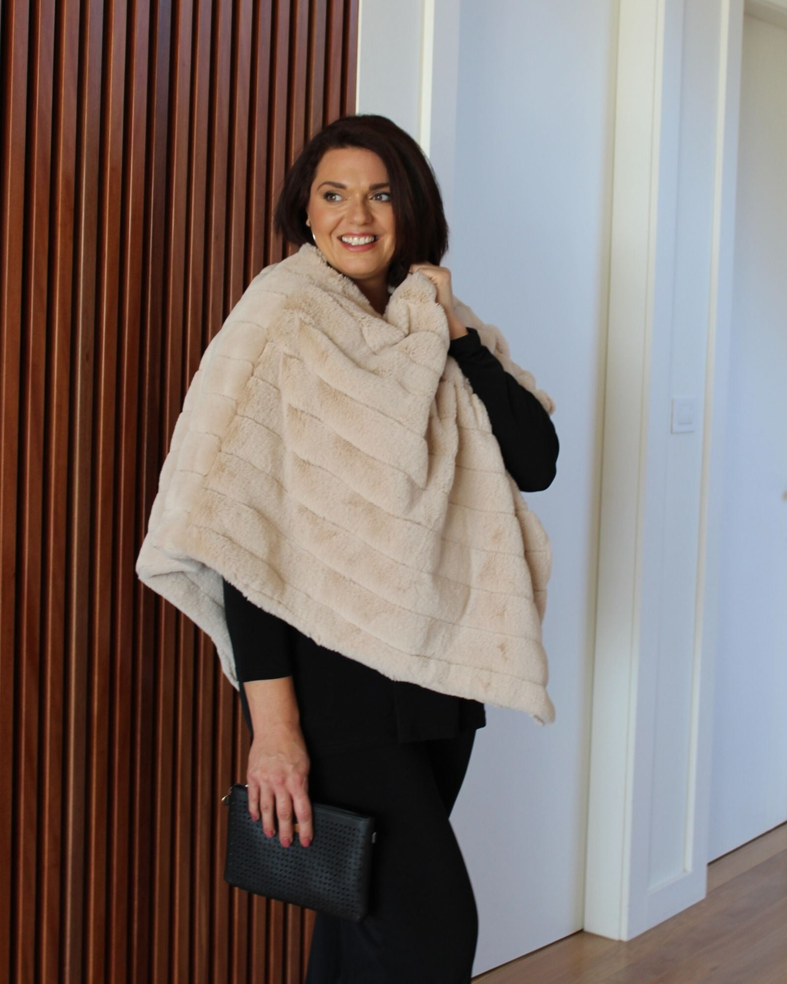 Super Soft Poncho - Cream