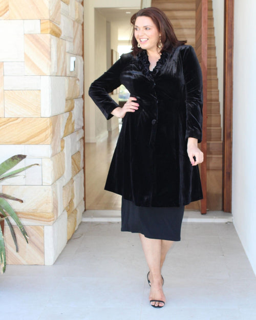Luxurious Velvet Evening Jacket - Black