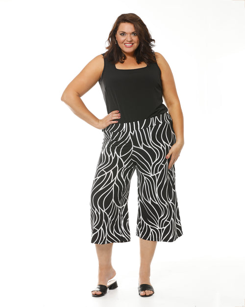 Gloria 3/4 Mono Swirl Pants last sizes 18,24,26