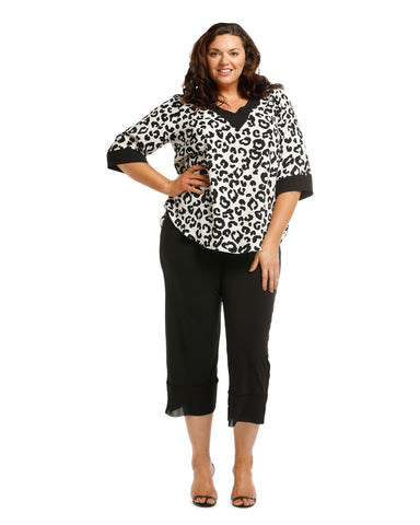Gina Chiffon Animal Top Size 22,24,26