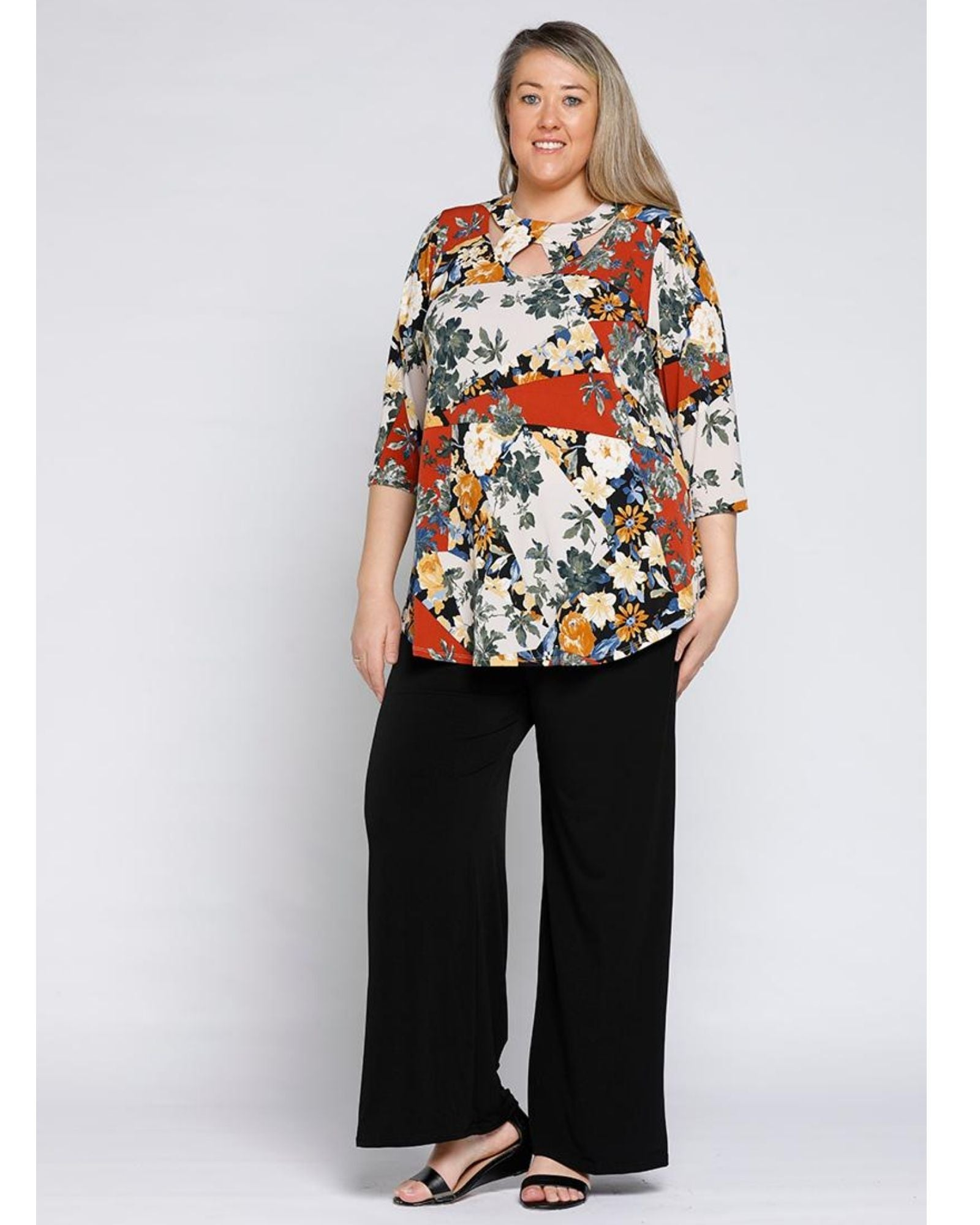 Ally Neck Detail Top - Floral