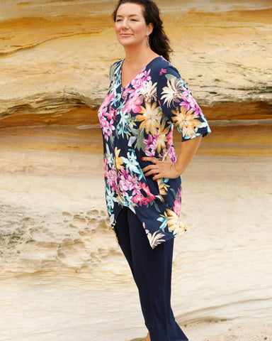 Bold Colourful Top - LAST ONES -SIZE 20, 22 & 26