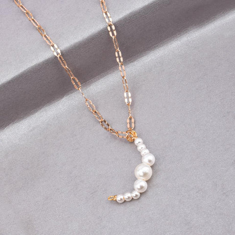 Delano Pearl Crescent Golden Necklace - Ferosh