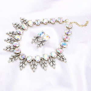 Faustino White Statement Necklace-Earrings Set - Ferosh