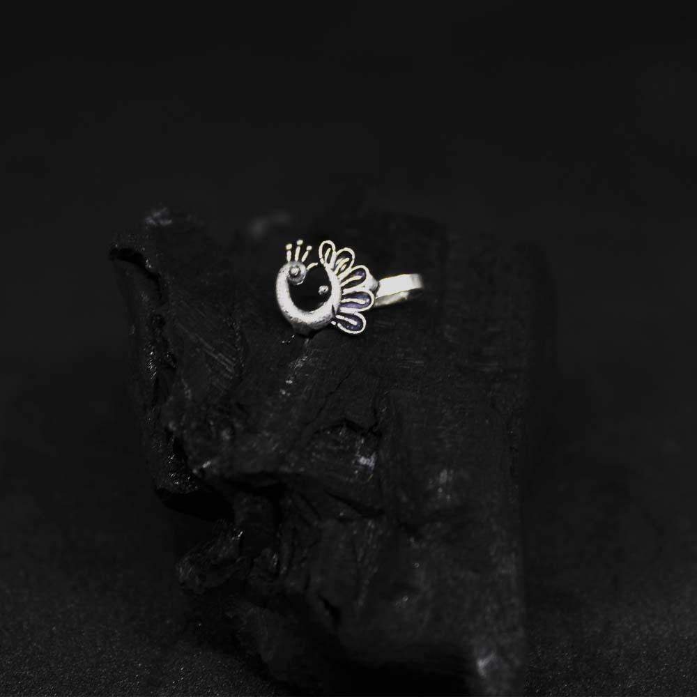 Ferosh Body Jewellery Peacock Oxidised Nose Pin