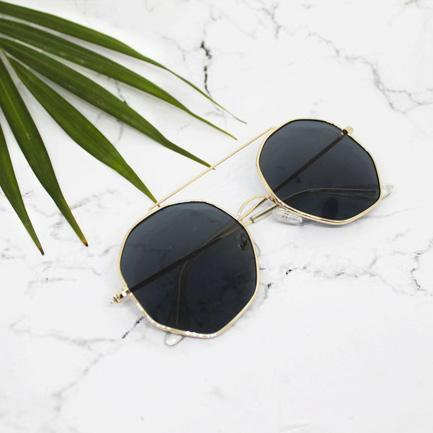 Ferosh Sunglasses Diego Golden Black Rounded Pentagon Shades