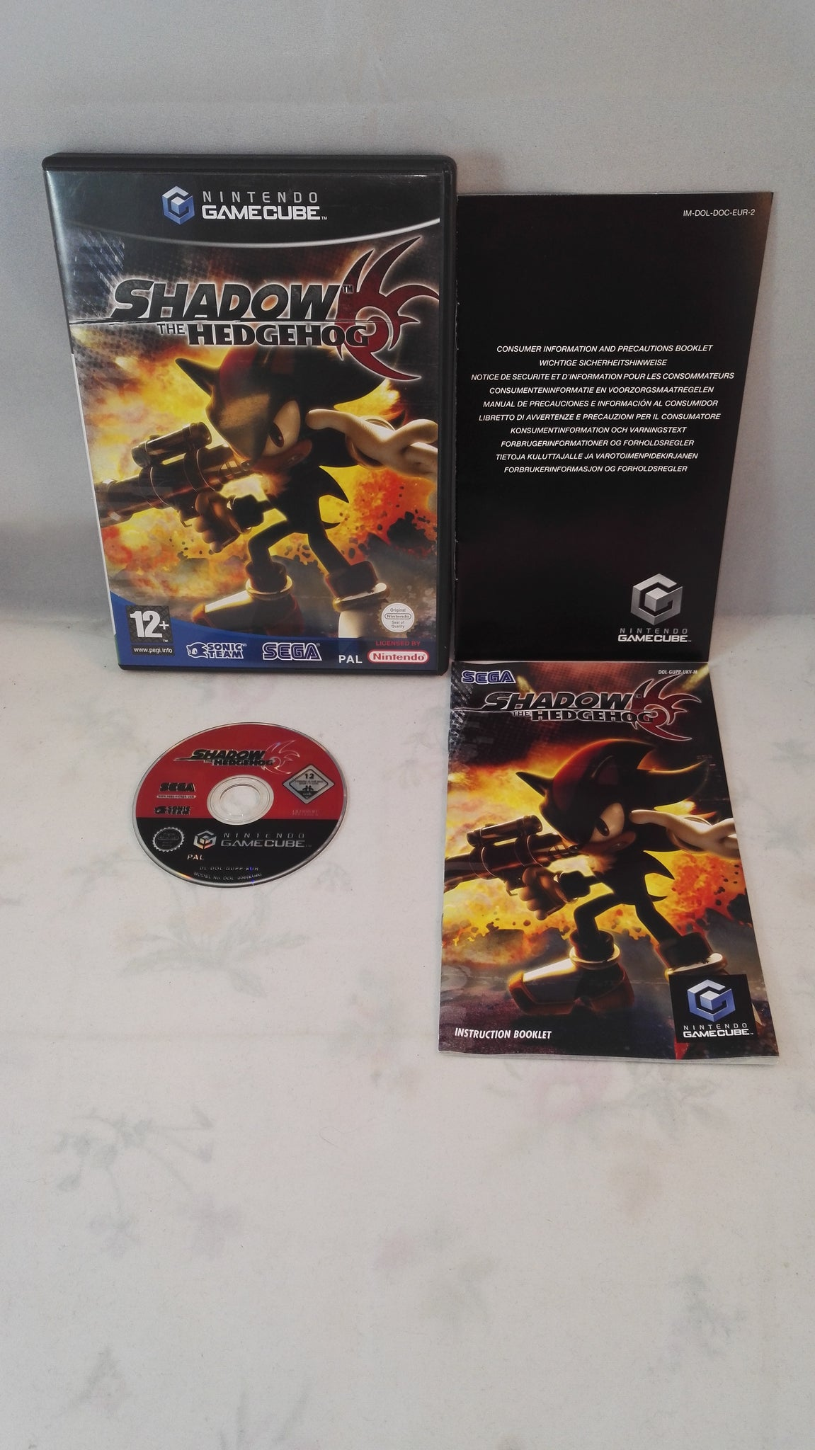 shadow the hedgehog nintendo gamecube game retro gamer heaven rh retrogamerheaven uk Nintendo 3DS Nintendo 3DS
