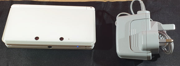 Nintendo 3DS White Console with Official Charger