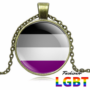 Necklace - 18 Flags Bronze / Asexual