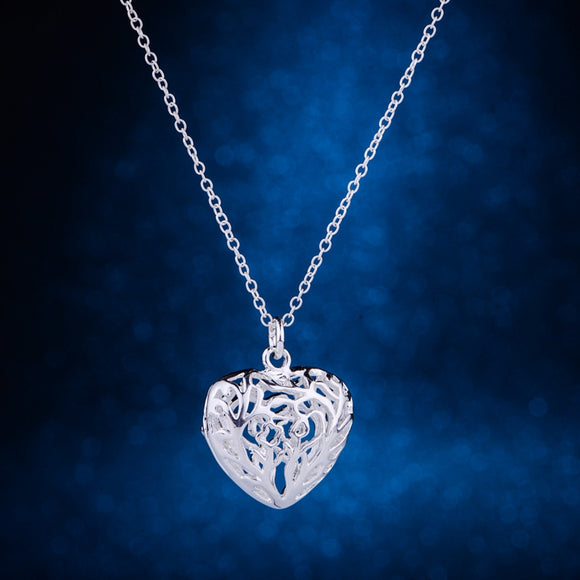 Fashion Hollow Heart Pendant Necklace - Love Touch Jewelry