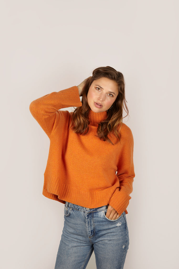Riley Cashmere <em>in burnt orange</em>
