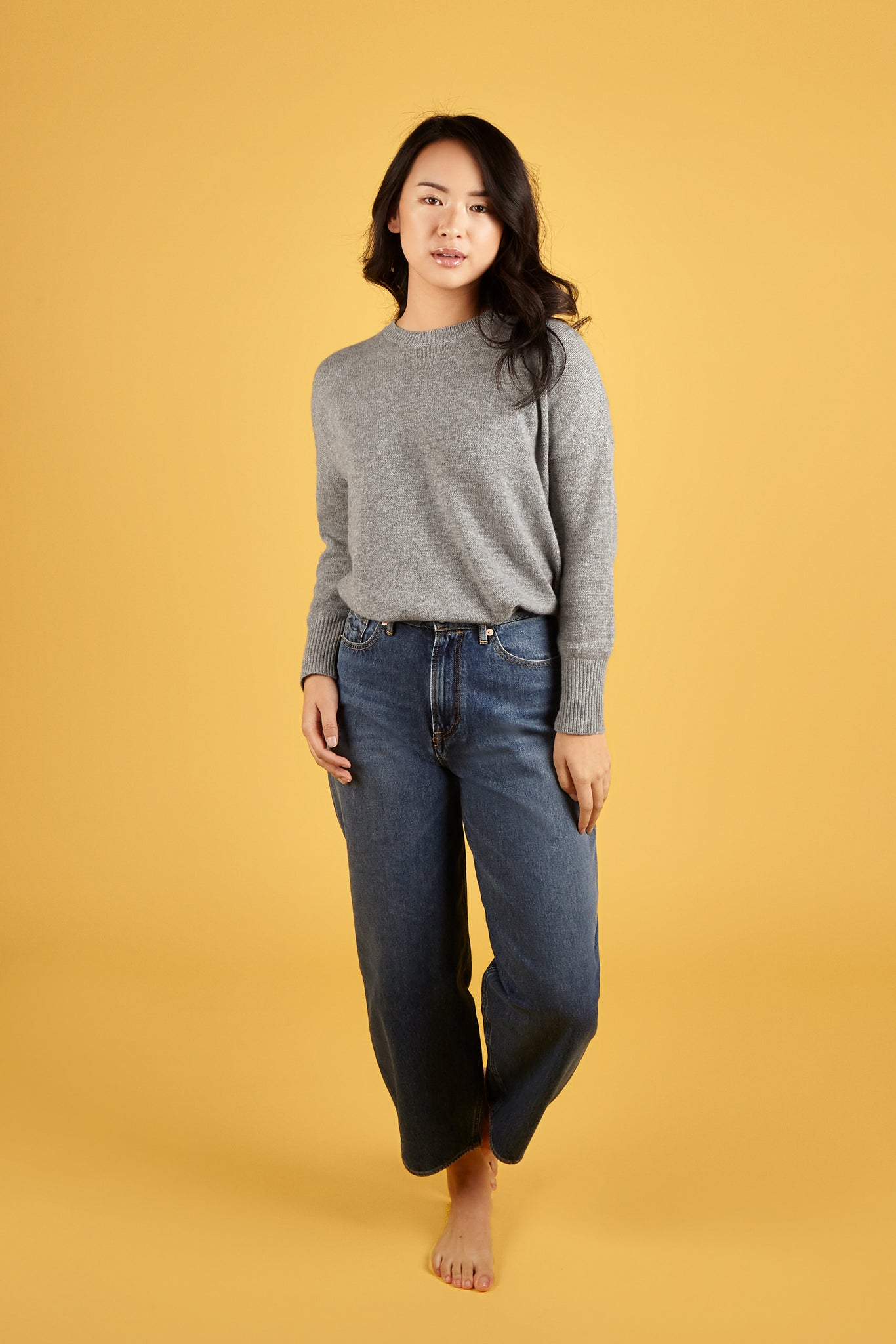Common Thread | Women's Cashmere | Grey Relaxed Fit Crew