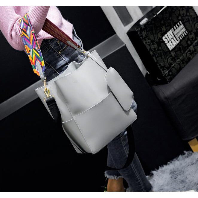 Large Capacity Bucket Bag