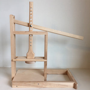 Dutch Style Cheese Press