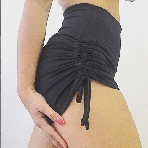SIDE STRINGS SHORTS | 2 COLORS