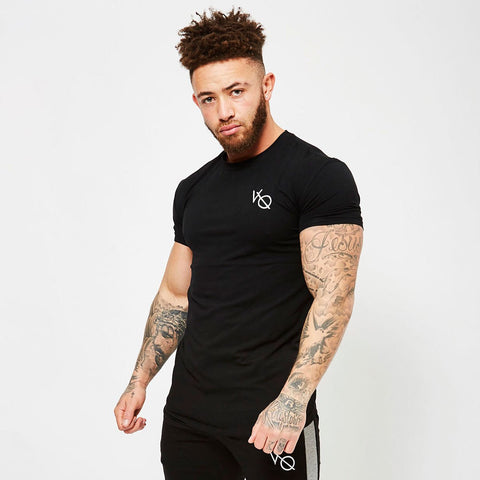 BLACK SLEEVELESS T SHIRT