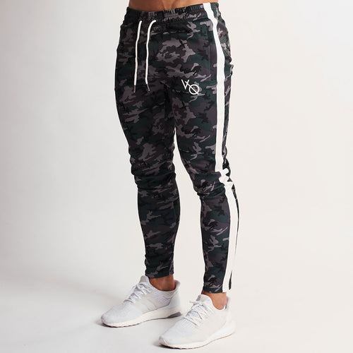 URBAN CAMO TRICOT STRIKE TAPERED SWEATPANTS