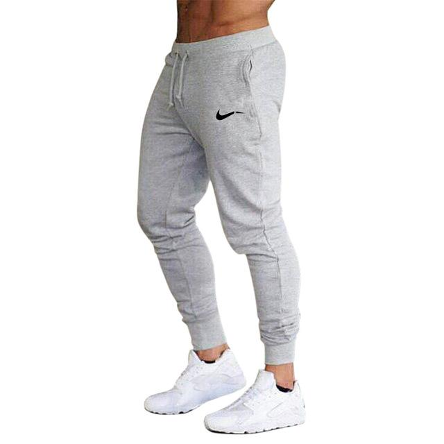 PERFORMANCE TECH JOGGER | GREY