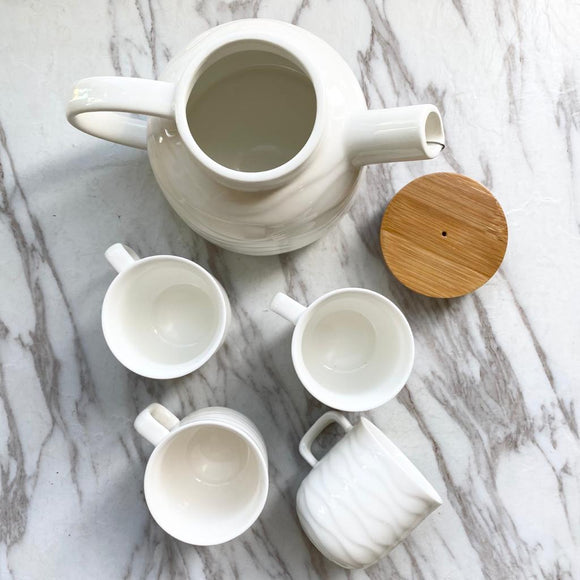 White Ceramic Tea/Coffee Set