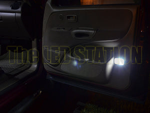 00-04 Toyota Tundra Ext Cab Courtesy Door Lights (2 pcs kit)