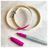Picture of hoop and colouring pen