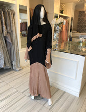 Load image into Gallery viewer, ABAYA W/ MATCHING SCARF