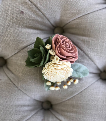 products/SoftSucculentCorsage1.png