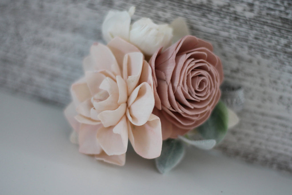 SAMPLE BOX Shabby Chic - Small Bridesmaid Bouquet, Boutonnière and Corsage Bouquets Pine and Petal Weddings
