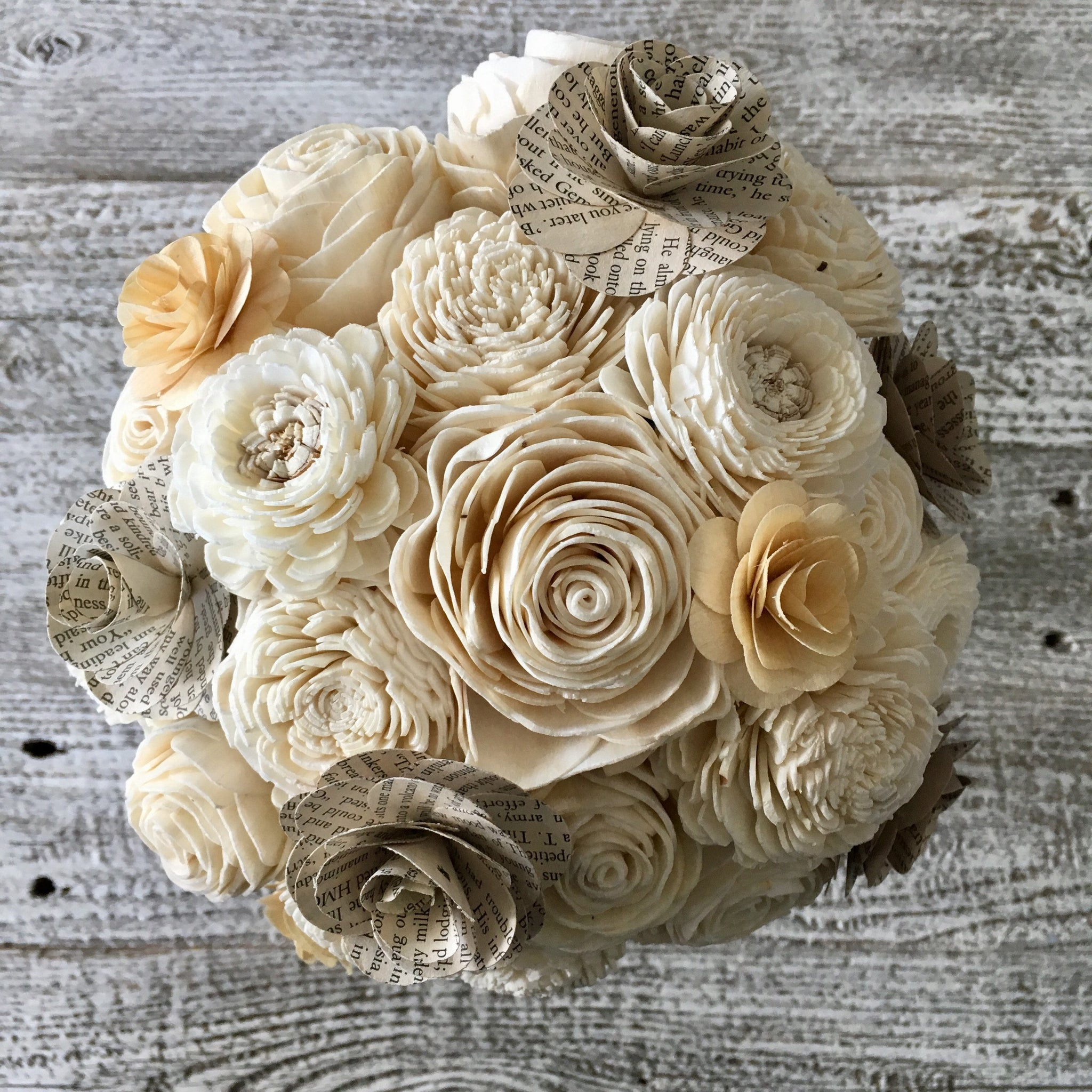 Sola Wood Flower and book page bouquet