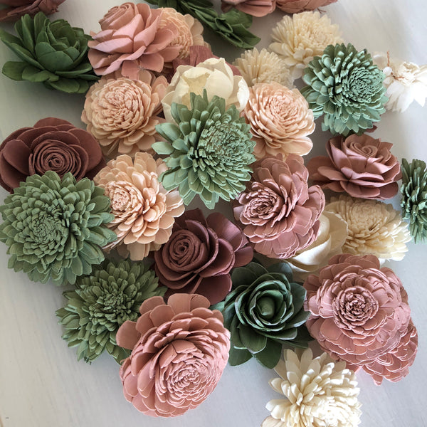 Loose Flowers Berry Succulent - Wood Flower - Sola Flowers - Pink and Green -  Bulk Sola Flowers  - Wedding Flowers