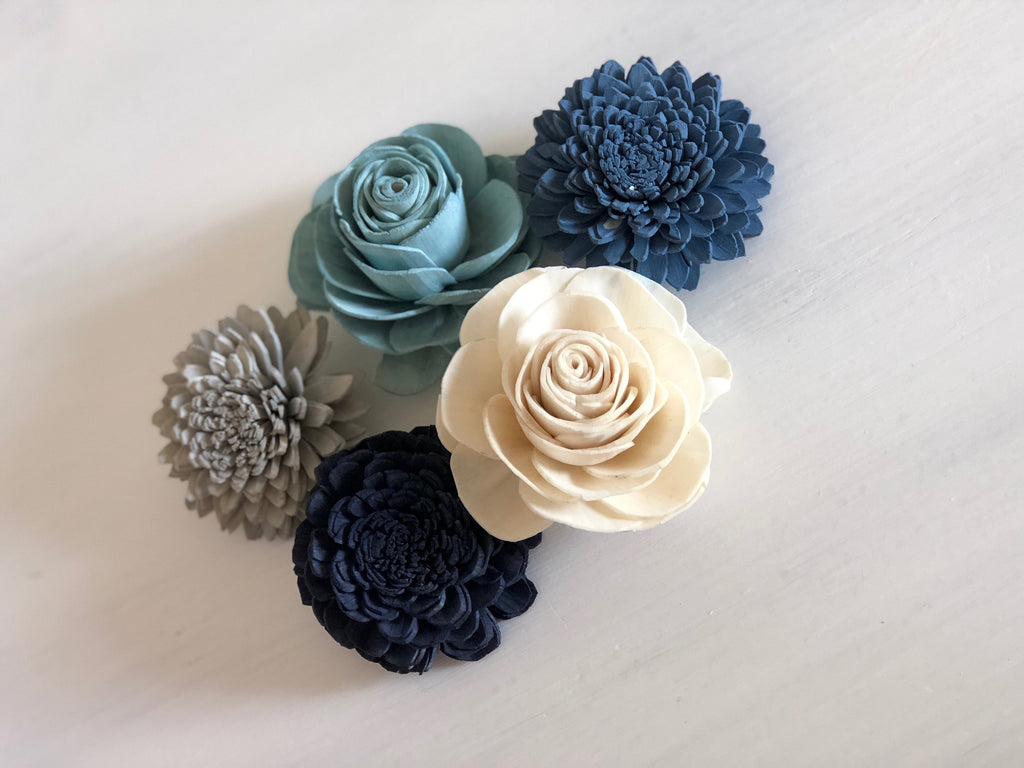 SAMPLE Spring Frost Loose Flowers - PineandPetalWeddings