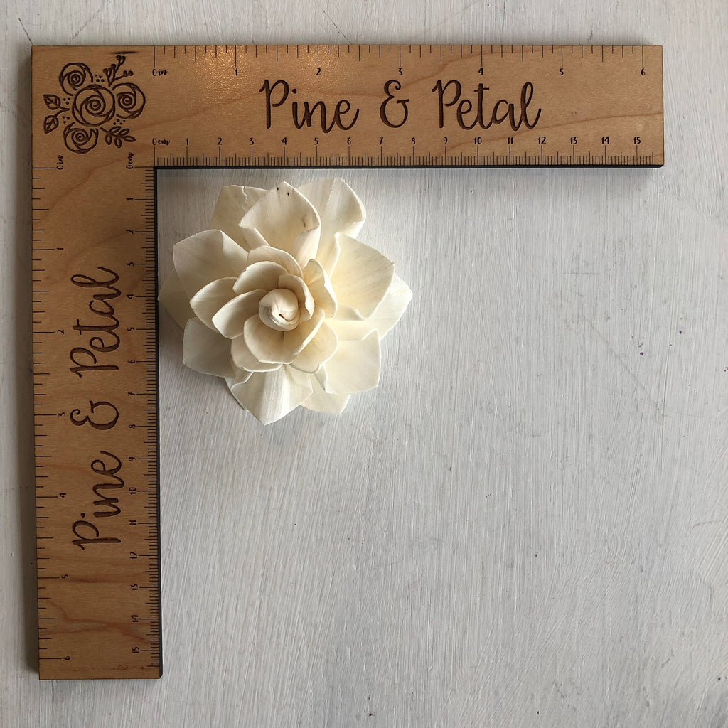 12 Flowers - Ava Lily Premium Sola Wood Flower Loose Flowers & Samples Pine and Petal Weddings