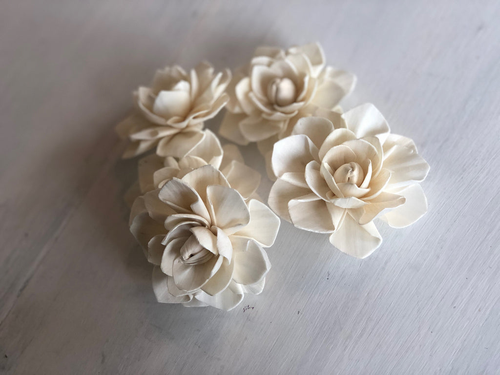 Ava Lily Premium Sola Wood Flower Loose Flowers & Samples Pine and Petal Weddings