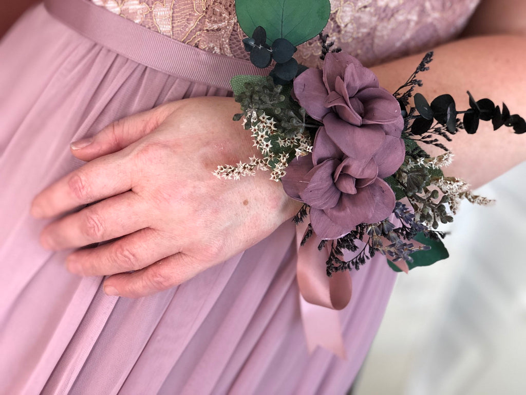 Midnight Promenade Wrist Corsage - PineandPetalWeddings