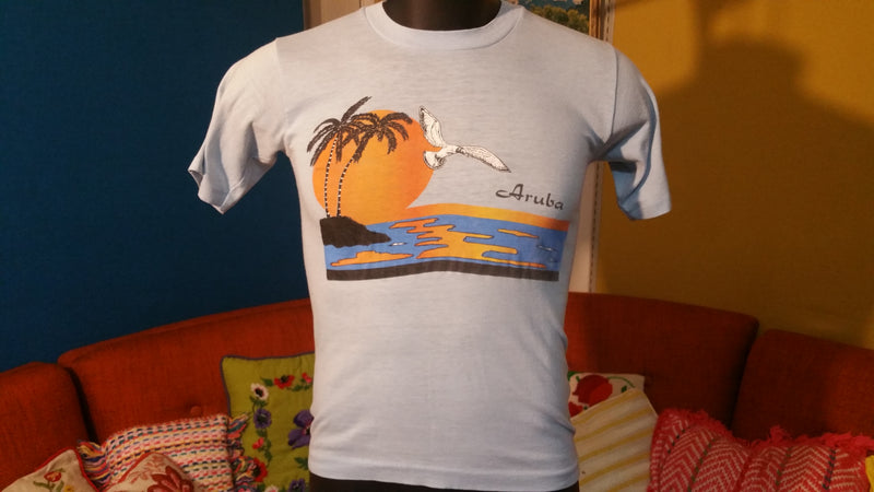 Aruba vintage XS T-shirt 1980's Beach Sunset w/ Bird