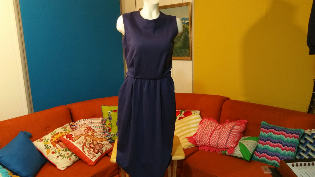 Vintage Virgo II Dress 70's 80's Union Made in the USA.  Navy Blue w/ Pockets. Very Nice.
