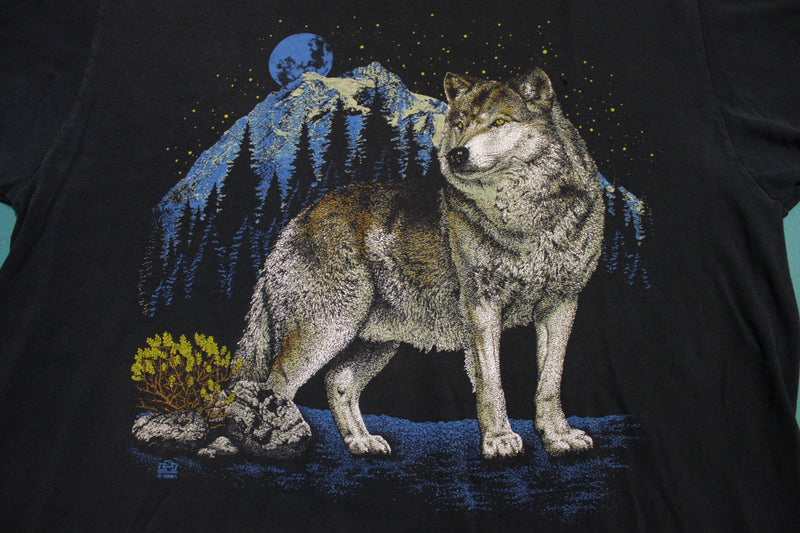 Alaska 90s Howling Wolf Moon Black T-Shirt Jerzees 100% Preshrunk Cotton