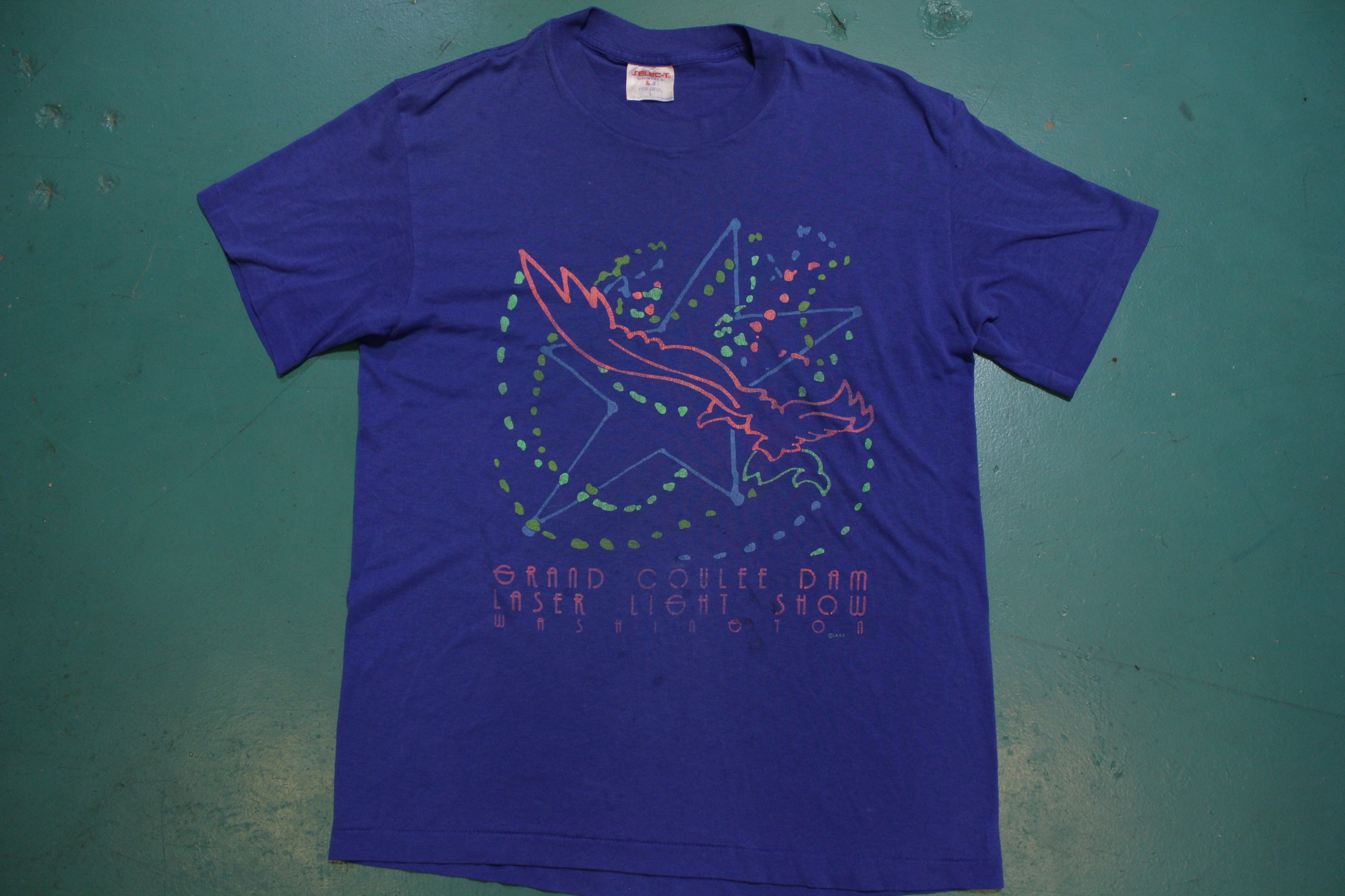 Grand Coulee Dam Laser Light Show Washington Distressed USA Single Stitch 80's T-Shirt