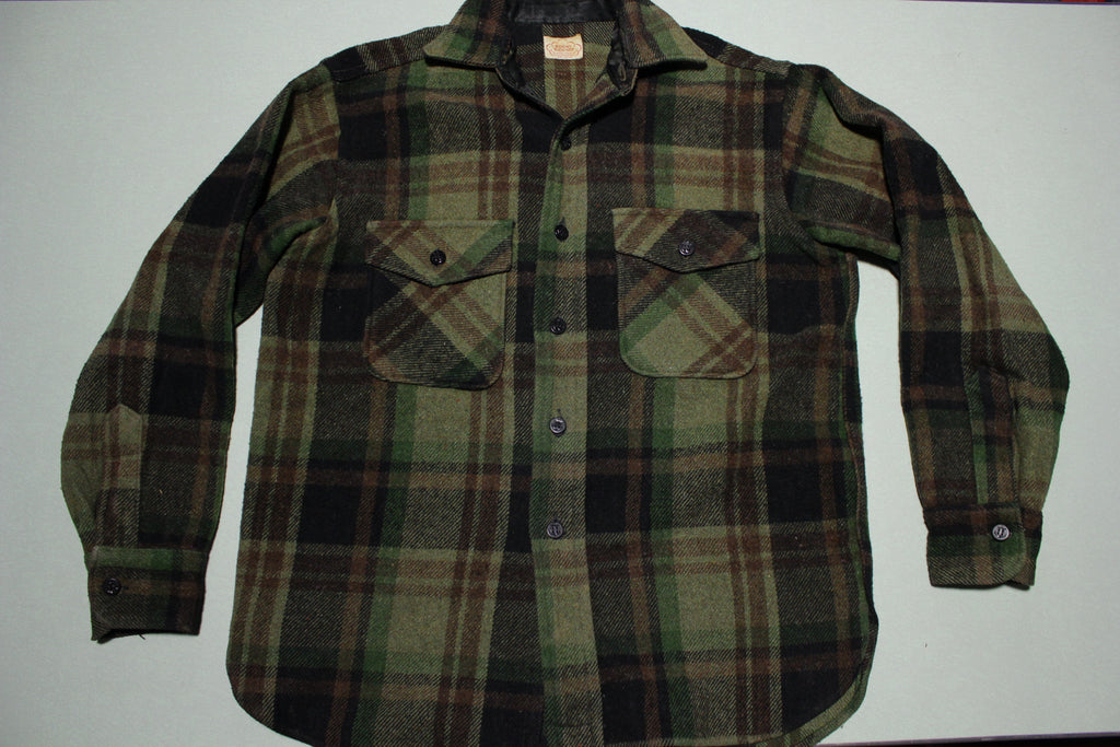 Roomy Richard Union Made Outerwear Vintage 50's 60's Flannel Button Up Shirt