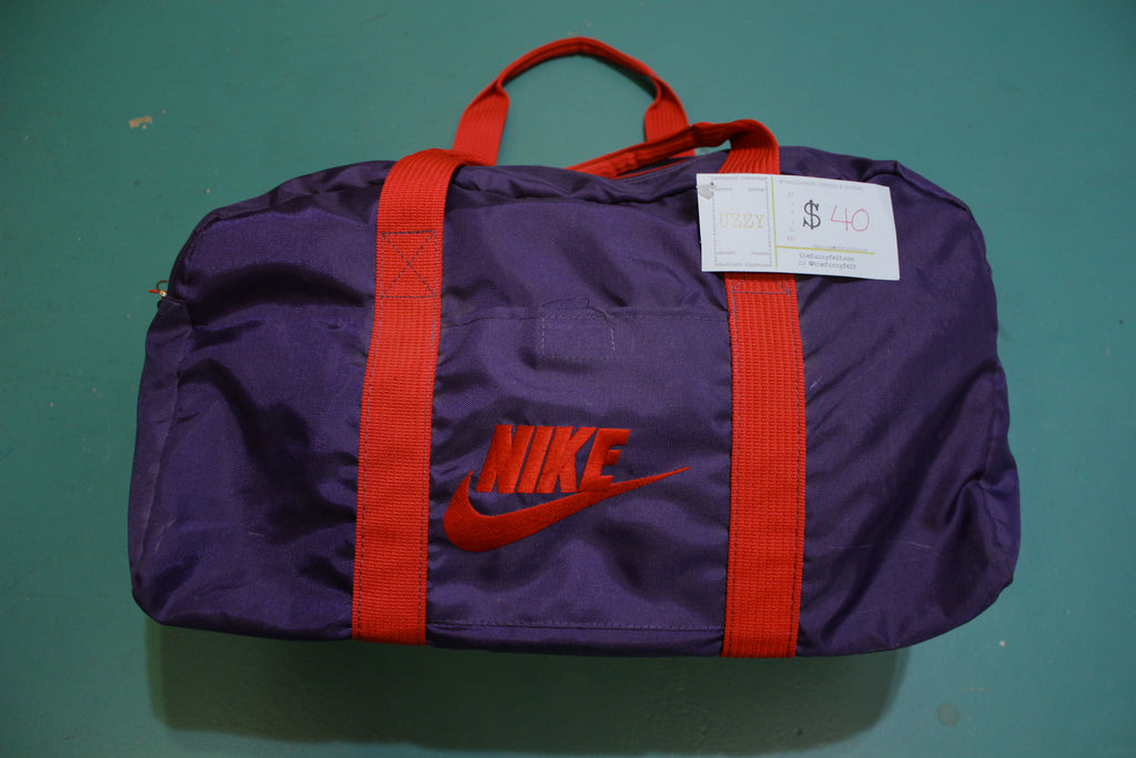 Nike Vintage 80's Swoosh Logo Gym Duffle Travel Bag Gray Tag